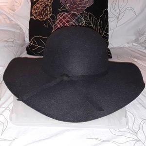 Black wool feel large hat floppy brim